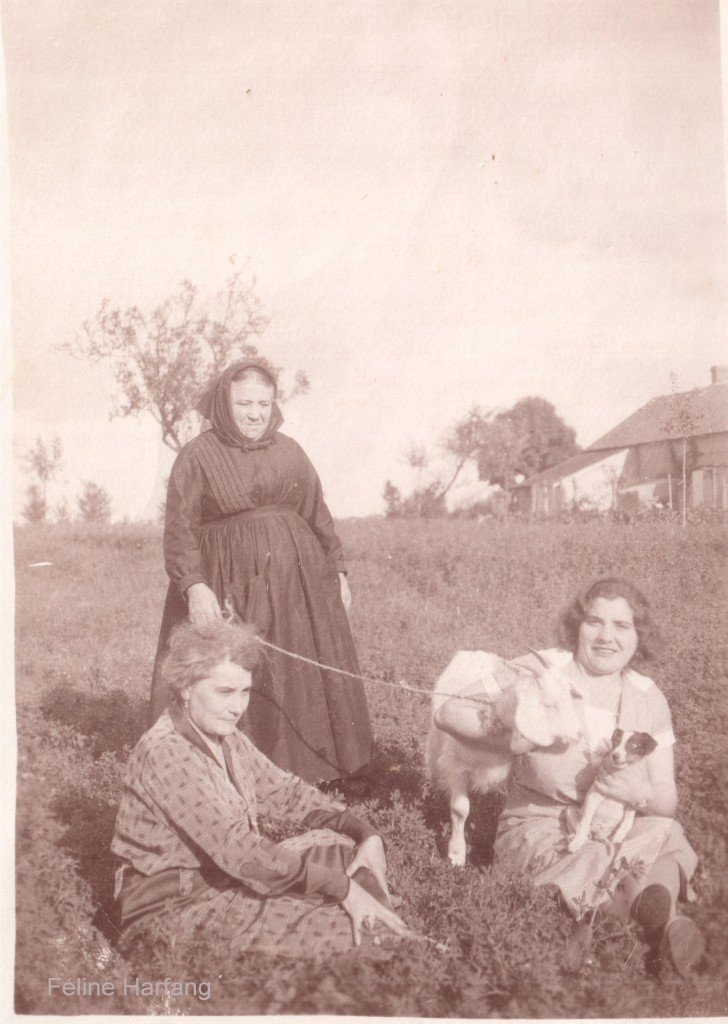 Germaine Gommichon et sa mère à Velles